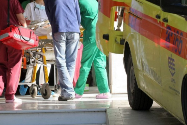 Σοκαριστικό τροχαίο στην Καλαμάτα: 3χρονος εκσφενδονίστηκε από το αυτοκίνητο και σκοτώθηκε - Νεκρός και ο πατέρας