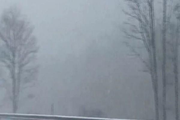 Απίστευτο! Κύμα χιονιά Μάιο μήνα (Video)