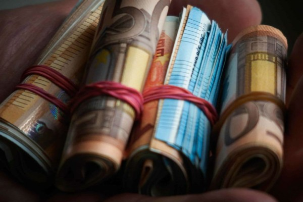 Αναδρομικά στις συντάξεις που ξεπερνούν τις 9.000 ευρώ - Ποιοι οι δικαιούχοι