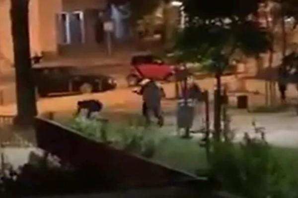 Σοκ: Σύγκρουση μεταξύ οπαδών έστειλε δεκάδες στο νοσοκομείο