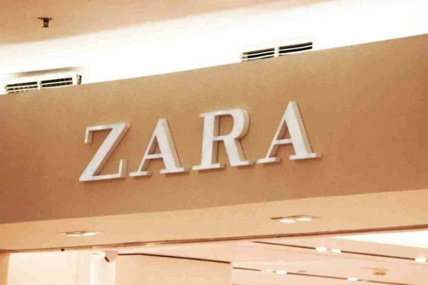 ZARA: Το πιο διαχρονικό μπλουζάκι που πρέπει να έχει κάθε γυναίκα - Κοστίζει μόνο 7 ευρώ