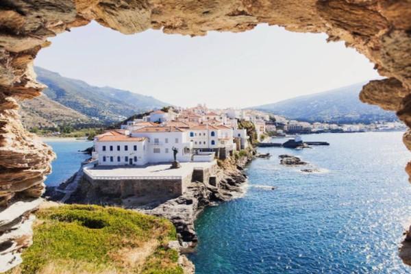 Το ελληνικό νησί που είναι ένα από τα 25 κορυφαία της Ευρώπης χωρίς συνωστισμό!