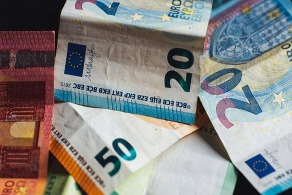 Επίδομα 534 ευρώ: Θα καταβληθεί σήμερα ή όχι; Αναστάτωση σε μισθωτούς με αναστολή τον Μάιο