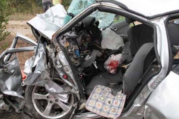 Θανατηφόρο τροχαίο στην Πτολεμαΐδα: Ένας νεκρός και μια βαριά τραυματίας!