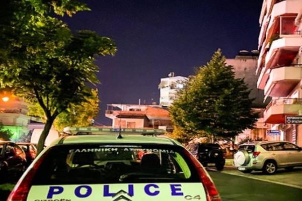 Άγριο έγκλημα στην Θεσσαλονίκη: Τον βρήκε ο γιος του μαχαιρωμένο μέσα στο σπίτι του!