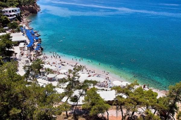 Η μαγευτική παραλία δυο βήματα από την Αθήνα - Η καλύτερη επιλογή