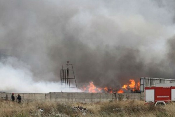 Μεγάλη φωτιά στο Ασπρόπυργο