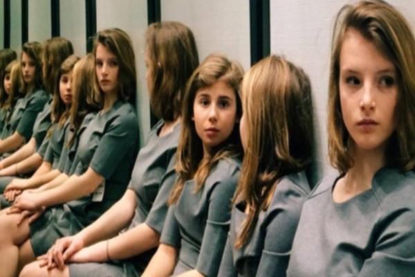 Εσείς, πόσα κορίτσια βλέπετε; Η φωτογραφία που κατάφερε να μπερδέψει εκατομμύρια χρήστες του διαδικτύου