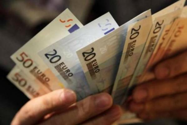 Διπλό επίδομα 534 και 300 ευρώ: Ποιους αφορά - Ποιες οι προϋποθέσεις (Video)