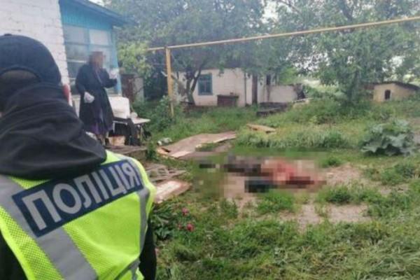 45χρονη σκότωσε τον φίλο της με τσεκούρι μπροστά στην κόρη της - «Είχε κόψει τα μαλλιά του γιατί ήθελε να του γδάρει το κρανίο» (photo)