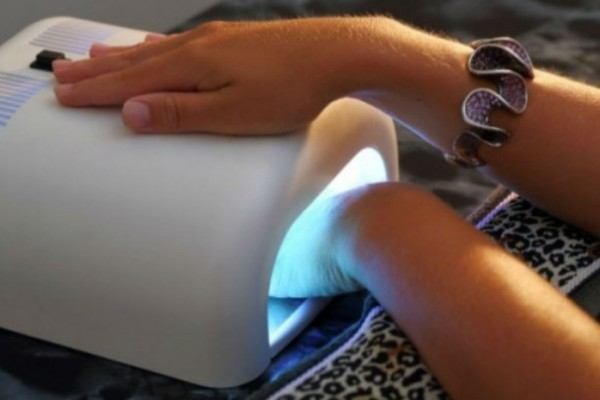 Μετά από αυτό δεν θα ξανακάνεις ημιμόνιμο μανικιούρ στα νύχια - Τεράστιος κίνδυνος για...