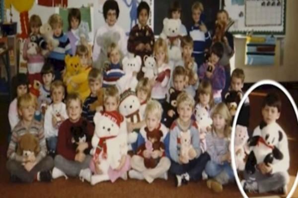 Αυτά τα παιδιά ποζάρουν για μία σχολική φωτογραφία - 30 χρόνια αργότερα, η δασκάλα παρατηρεί κάτι και δεν πιστεύει στα μάτια της!