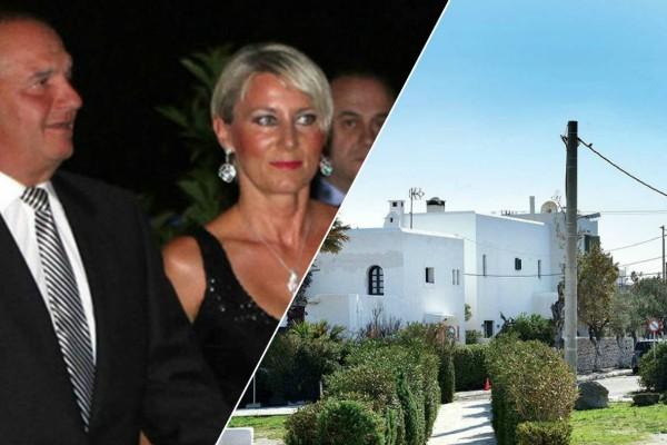 Παλάτι για Καραμανλή - Παζαΐτη: Δείτε το εντυπωσιακό σπίτι τους στη Ραφήνα