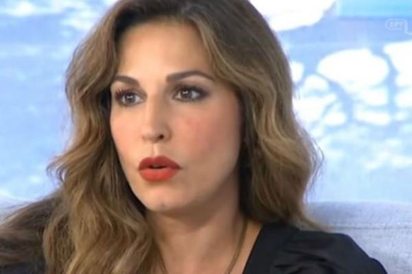 Αποκάλυψη-σοκ της Κατερίνας Παπουτσάκη για τον γάμο της (Video)