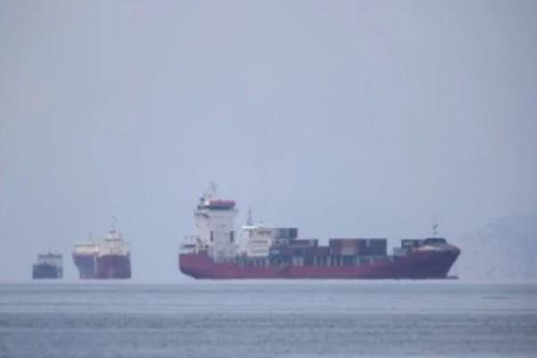 Θρίλερ με πλοίο που μεταφέρει όπλα στη Λιβύη: Ελληνική φρεγάτα το παρακολουθεί - Πως εμπλέκεται η Τουρκία (Video)