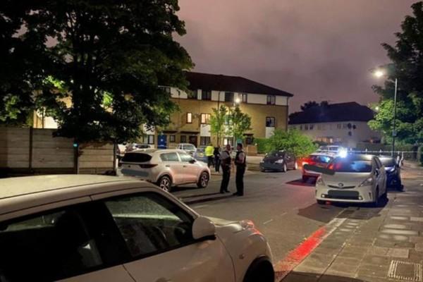 Πανικός στο Λονδίνο: Πυροβολισμοί με τραυματίες ένα παιδί και τρεις ενήλικες