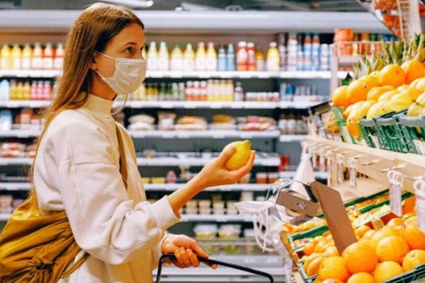 Αγίου Πνεύματος: Ποια καταστήματα λειτουργούν σήμερα;