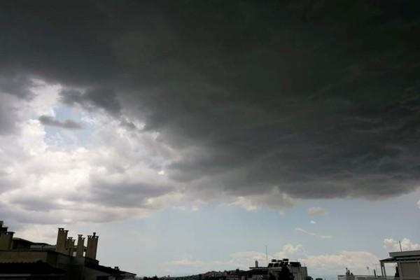 Ακραία φαινόμενα και καταιγιδοφόρο νέφος στην Αττική - Έκτακτο δελτίο επιδείνωσης του καιρού