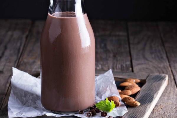 Σταματήστε να πίνετε γάλα με σοκολάτα - Απαγορευτικός συνδυασμός
