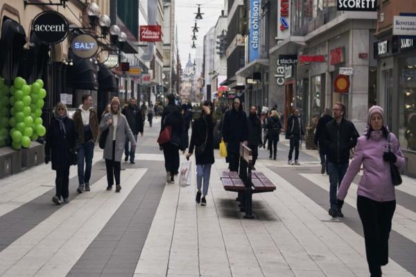 Πανικός στη Σουηδία: Πάνω από 5.000 οι θάνατοι από κορωνοϊό - Μέτρα από την Κυβέρνηση