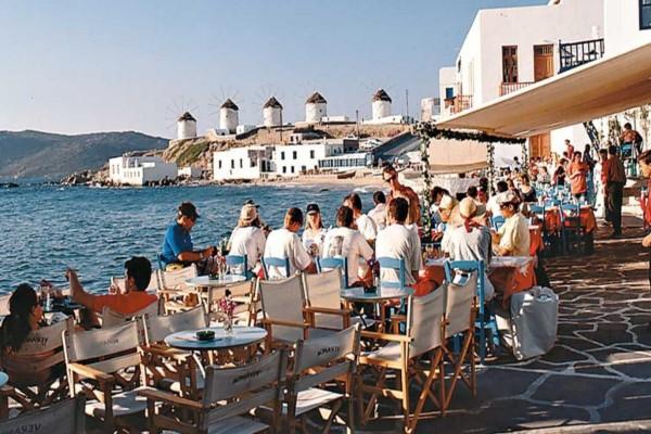Άρση μέτρων: Αυτά θα είναι τα υγειονομικά πρωτόκολλα για τον τουρισμό στα νησιά