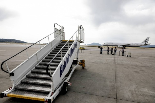 Άρση μέτρων: Ανοίγει τα σύνορά της η Ελλάδα - Πύλες ασφαλείας για τα αεροδρόμια