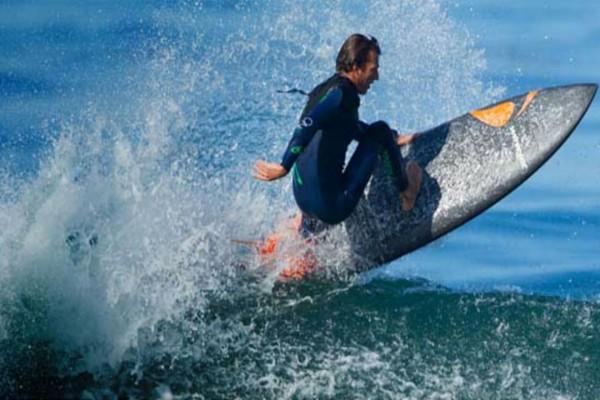 Wavejet: Το νέο extreme sport που τρελαίνει μικρούς και μεγάλους