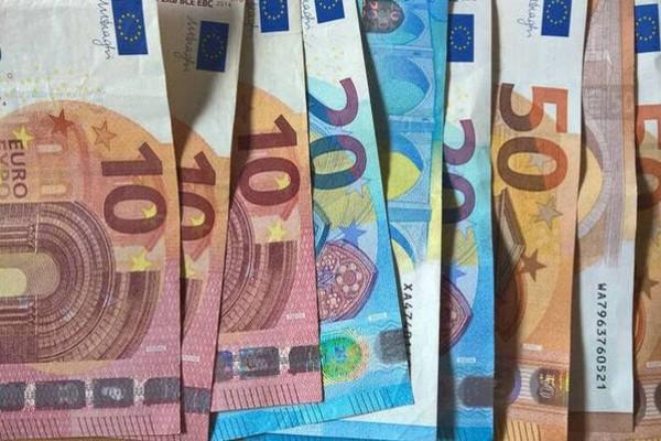 ΟΠΕΚΑ: Πληρωμές σε επιδόματα και παροχές - Δείτε πότε