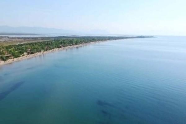 Παράδεισος: Αυτή είναι η μεγαλύτερη παραλία της Ελλάδος που θα σε μαγέψει με την πρώτη επίσκεψη