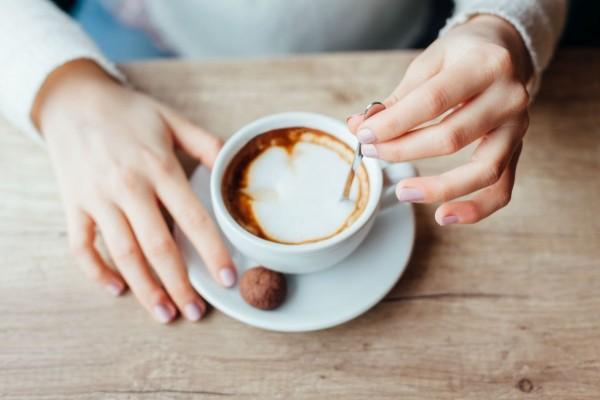 Βάζεις ζάχαρη και γάλα στον καφέ; Σου έχουμε άσχημα νέα