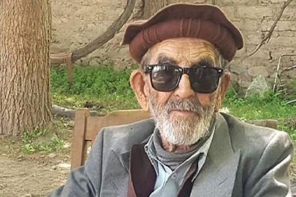 Υπέροχο: Παππούς 103 ετών με 9 παιδιά νίκησε τον κορωνοϊό