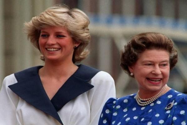 Λιποθύμησε η Βασίλισσα Ελισάβετ: Η Νταϊάνα προσπάθησε να σκοτώσει την...