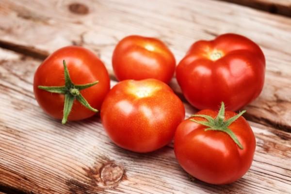 Μην αποθηκεύεις όλες τις ντομάτες στο ίδιο σημείο - Ο λόγος θα σας αφήσει άφωνους
