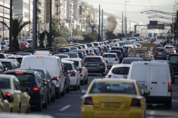 Κυκλοφοριακό κομφούζιο: Στο «κόκκινο» η κίνηση - Που παρατηρείται μποτιλιάρισμα (photo)