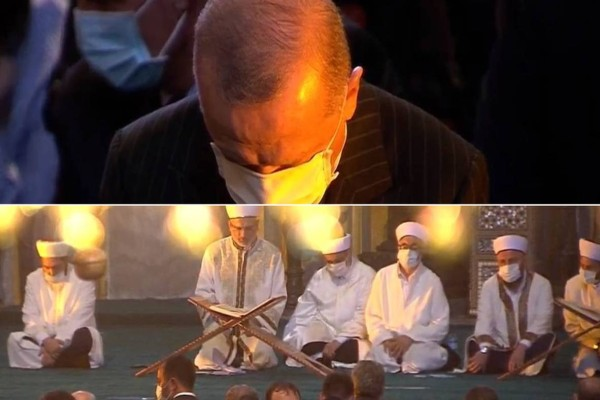 Ιστορική βεβήλωση: Ερντογάν και Τούρκοι προσεύχονται μπροστά από τις... Αγιογραφίες! Εμετικές σκηνές σε live μετάδοση