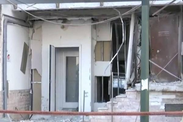 Συναγερμός στον Πειραιά: Ισχυρή έκρηξη σε γραφεία ναυτιλιακής εταιρίας
