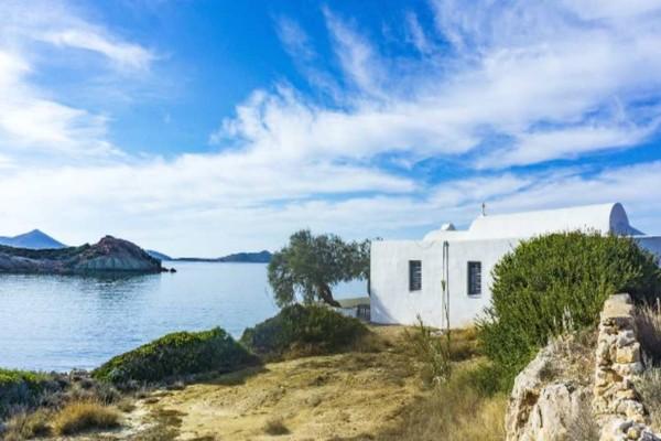 Όνειρο: Το ελληνικό νησί που αναδεικνύεται φέτος ως το καλύτερο της Ευρώπης!