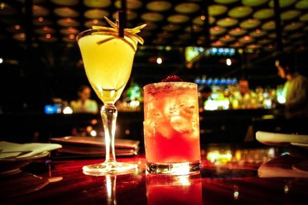 μελισσια μπαρ ποτο