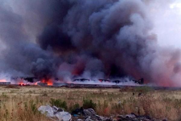 Φωτιά στην Αττική - Σταμάτησε ο Προαστιακός