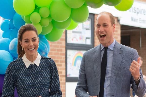 Χαράς ευαγγέλια στο Buckingham: Απόλυτη ευτυχία για Κέιτ Μίντλετον και Πρίγκιπα Ουίλιαμ