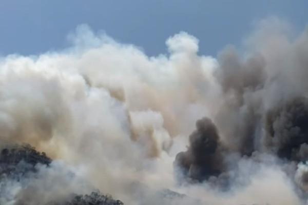 Νέα φωτιά στην Κόρινθο κοντά στον Ισθμό