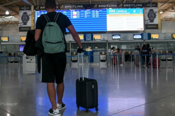 Κορωνοϊός: 11 θετικά κρούσματα ταξιδιωτών στην Ελλάδα - 3.611 δείγματα έχουν ελεγχθεί