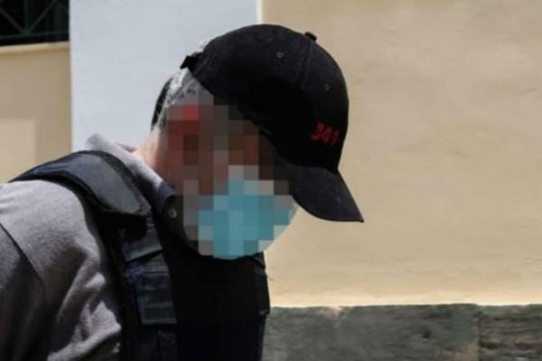 Νέα καταγγελία για τον «ψευτογιατρό»: «Αισθάνομαι και εγώ ένοχος... Tον «ξεσκέπασα» στην Κύπρο, αλλά... » (Video)