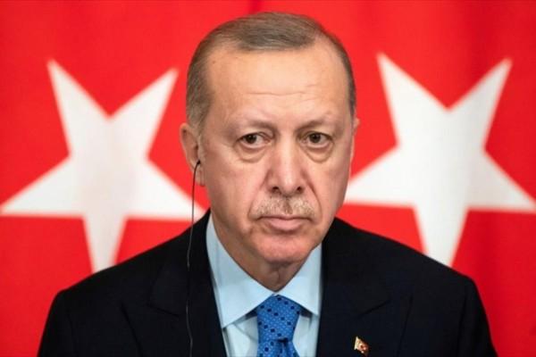 Το... χοντραίνει ο Ερντογάν: Δεν τον ενδιαφέρουν οι αντιδράσεις για την Αγία Σοφία