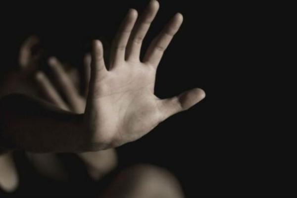 71χρονη γιαγιά πέθανε απο ανακοπή - Είδε τις εγγονές της να βιάζονται μπροστά της