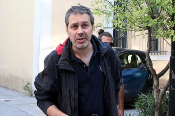 Ενέδρα θανάτου κατά του Στέφανου Χίου: Τον πυροβόλησαν έξω από το σπίτι του!