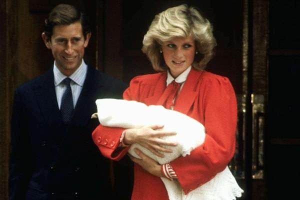 Η πριγκίπισσα Νταϊάνα γέννησε με... -