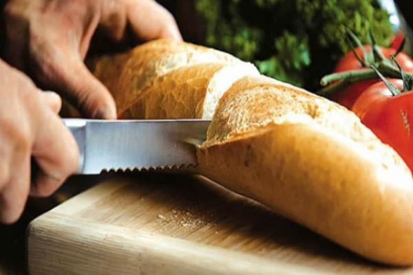 Ο απίστευτος λόγος που είναι απαγορευτική η τοποθέτηση του ψωμιού στο ψυγείο