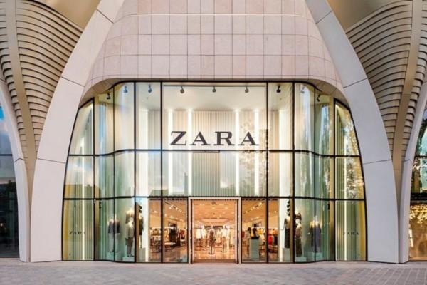 Τρομερές εκπτώσεις στα ZARA: Φλοράλ φόρεμα με φουσκωτά μανίκια μόνο 12,99€ από 30€