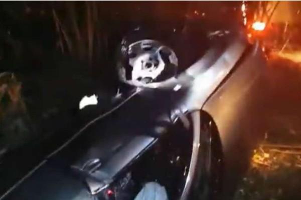 Αμαλιάδα: Νεκροί δύο Γάλλοι τουρίστες - Το αυτοκίνητό τους έπεσε σε αρδευτικό κανάλι